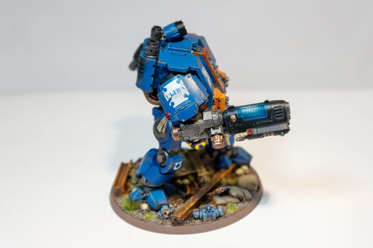 Ultramarines Redemptor Dreadnought