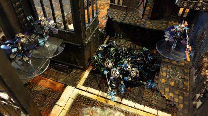Necrons moving through ruins